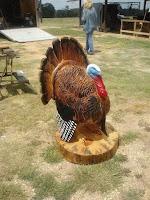 Obras de arte hechas con madera tallada pavo real