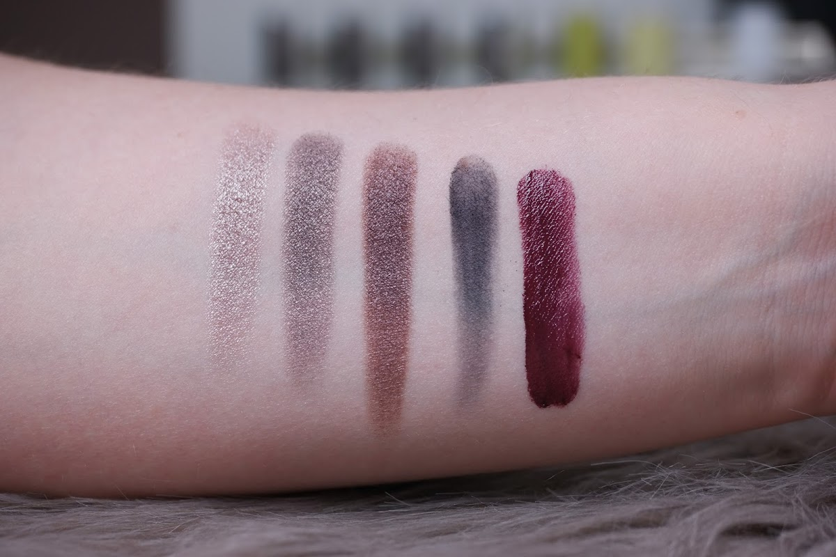 Review Swatches