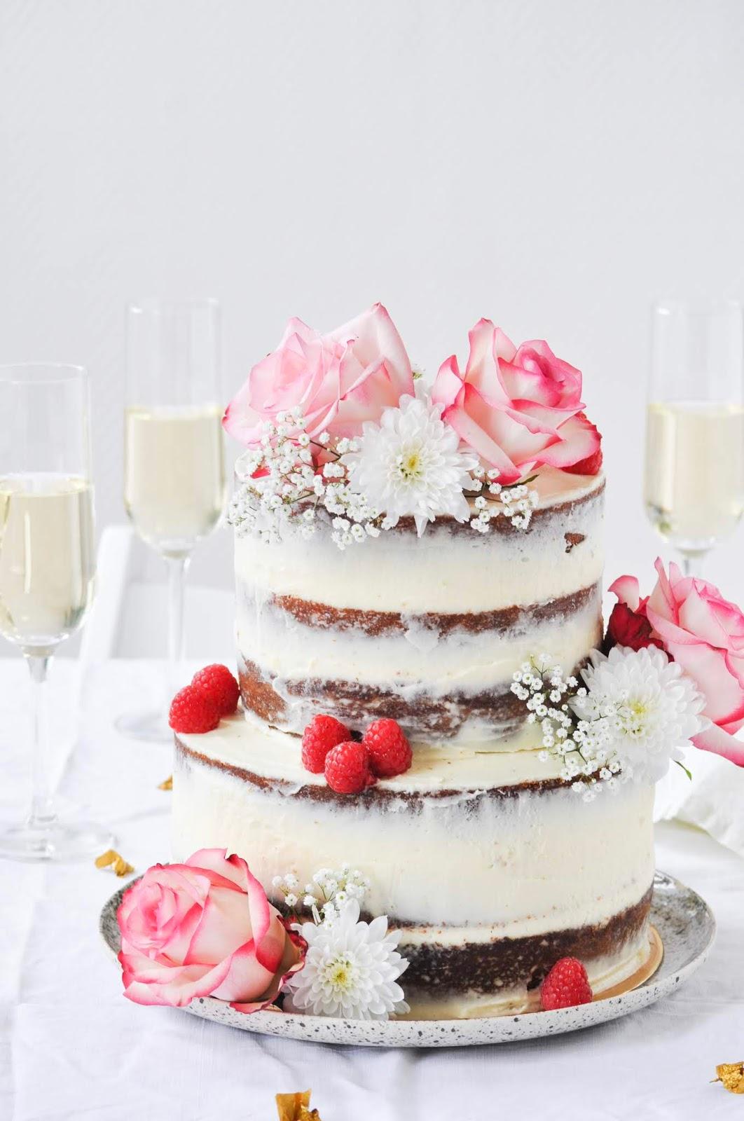 Rose And Raspberry Wedding Cake Un Gâteau De Mariage à La