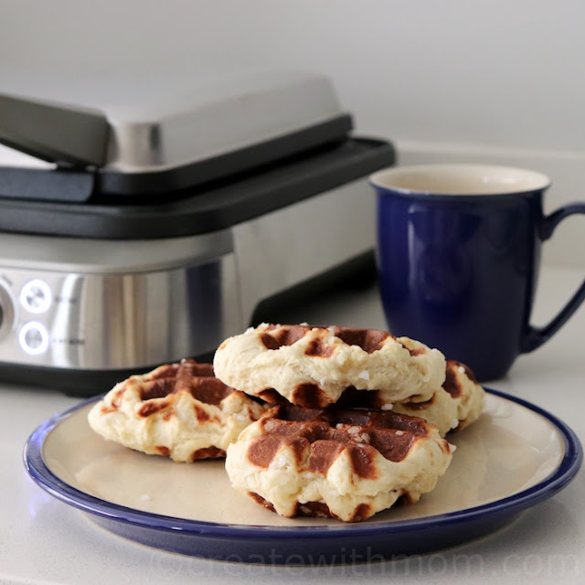 breville the Smart Waffle™ Pro 4 Slice