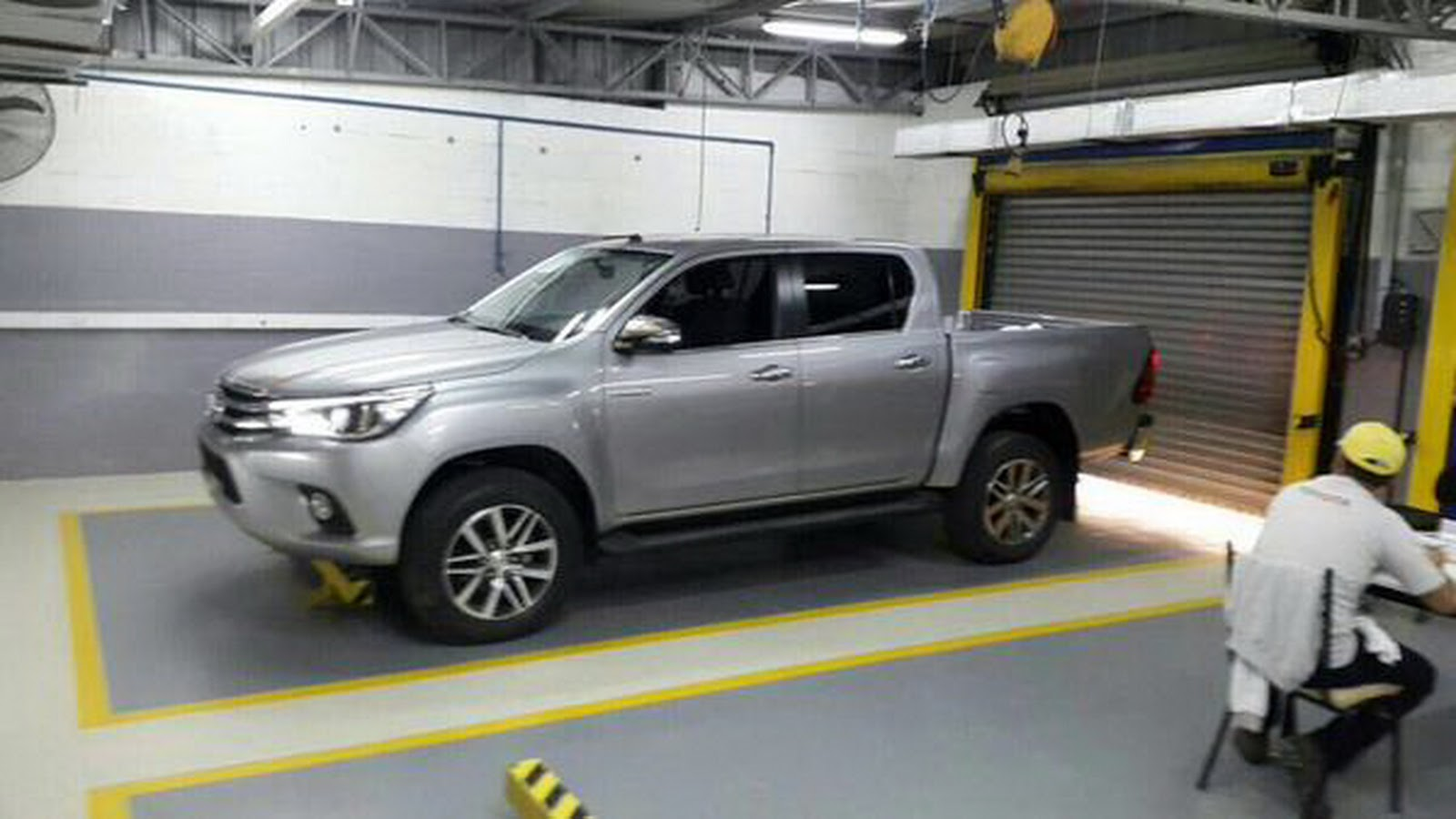 new 2016 toyota hilux pickup photographed inside and out. Black Bedroom Furniture Sets. Home Design Ideas