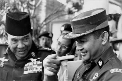 Menyingkap Tabir Dibalik G30S/PKI Dan Kronologi Lengsernya Soekarno