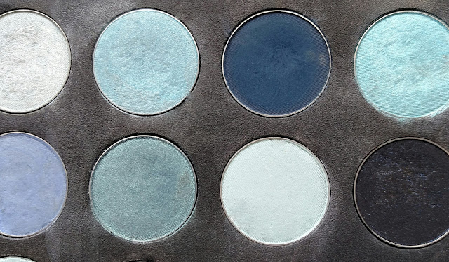 blue eye shadow palette