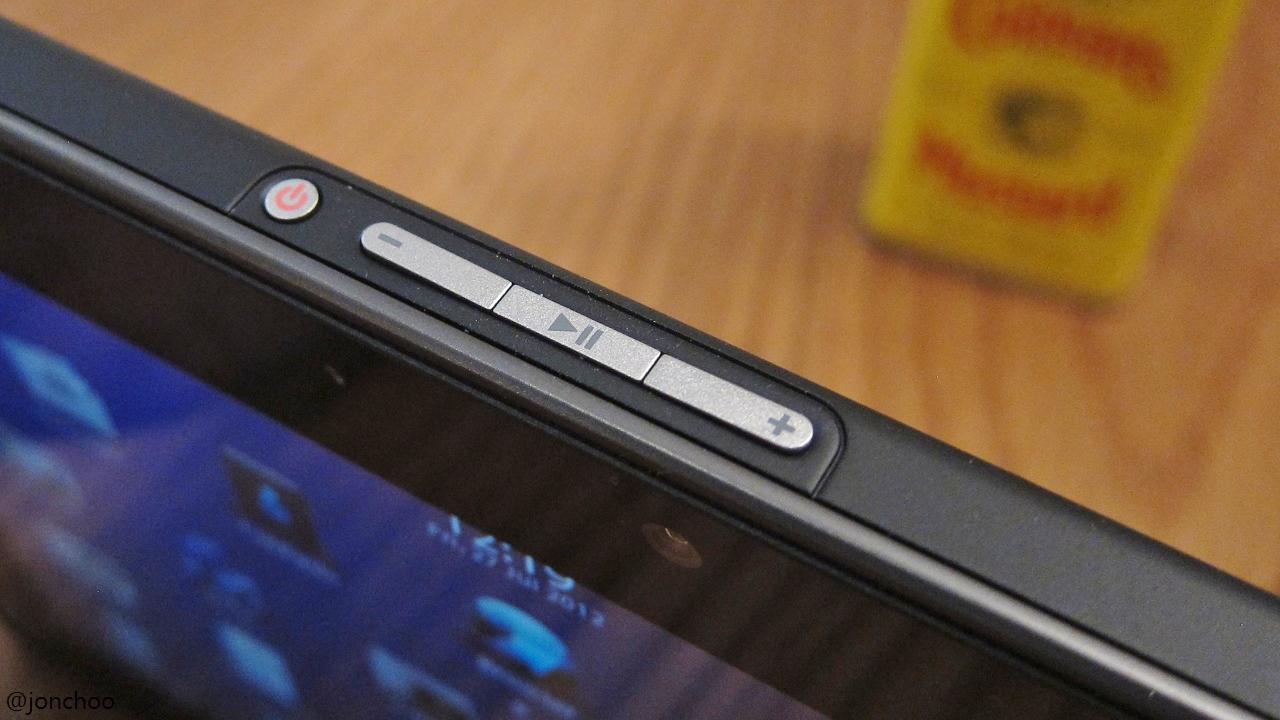jonchoo: Blackberry Playbook review