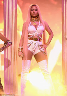 Nicki-minaj-at-nba-awards