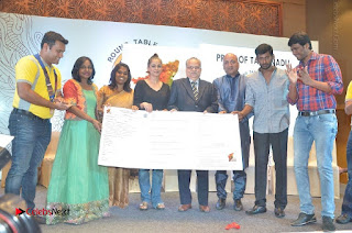 Simran and Vishal at the Launch of The Pride of Tamil Nadu Event Stills  0044.jpg