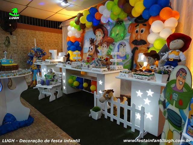 Decoração de mesa infantil Toy Story