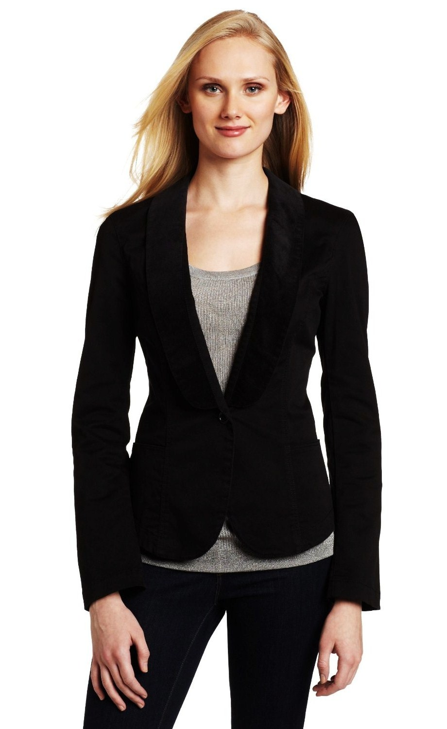 25 Ways to Style a Plain Black Blazer