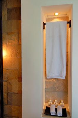 kamar mandi di cottage kura kura resort karimunjawa