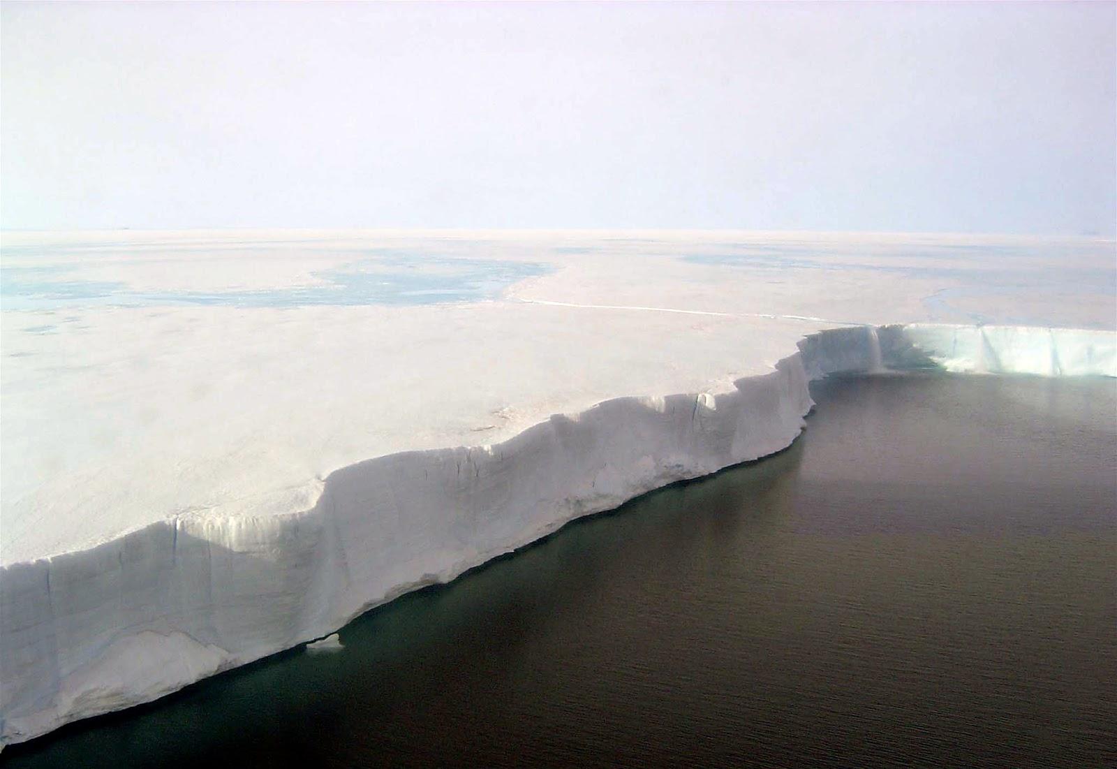 Paredes de gelo da Antártida