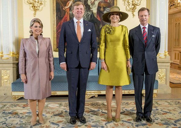 King Willem-Alexander and Queen Máxima, Prince Guillaume, Princess Stéphanie, Duchess Maria Teresa, Duke Henri. Maxima wore Natan dress