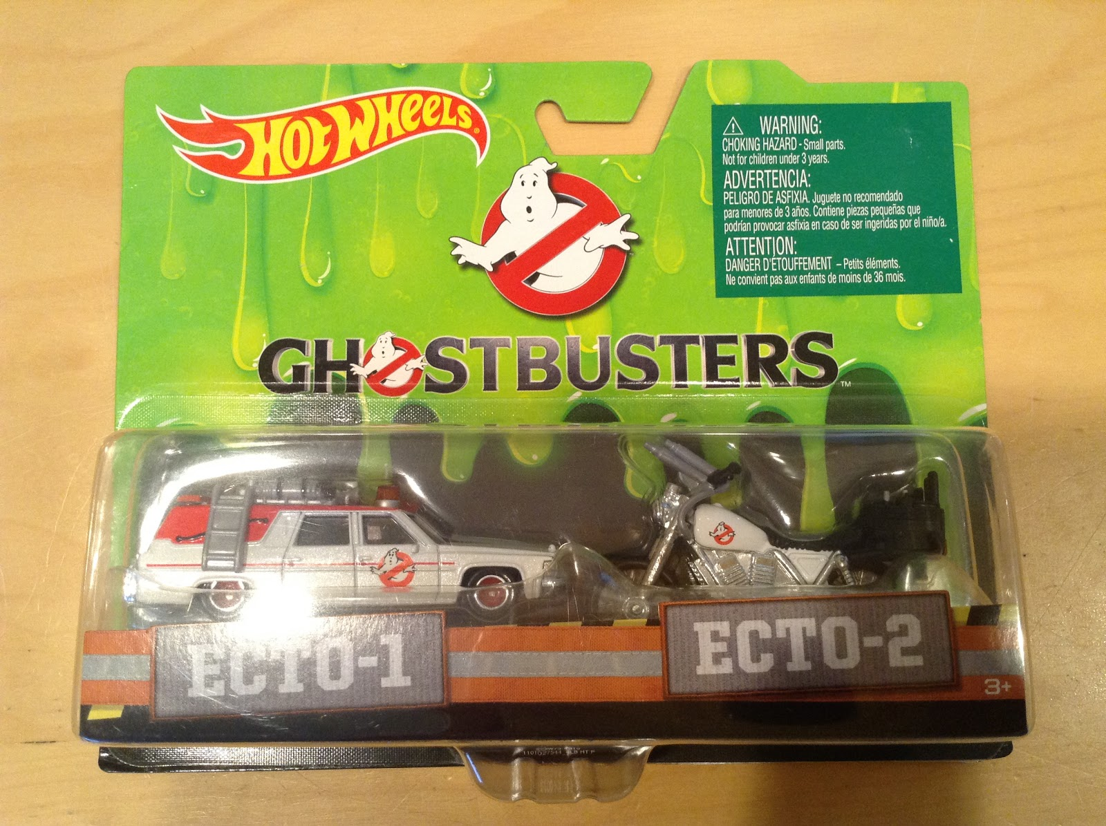 Julian 39 s hot wheels blog 2016 ghostbusters 2 pack ecto 1 for 9 salon hot wheels 2016