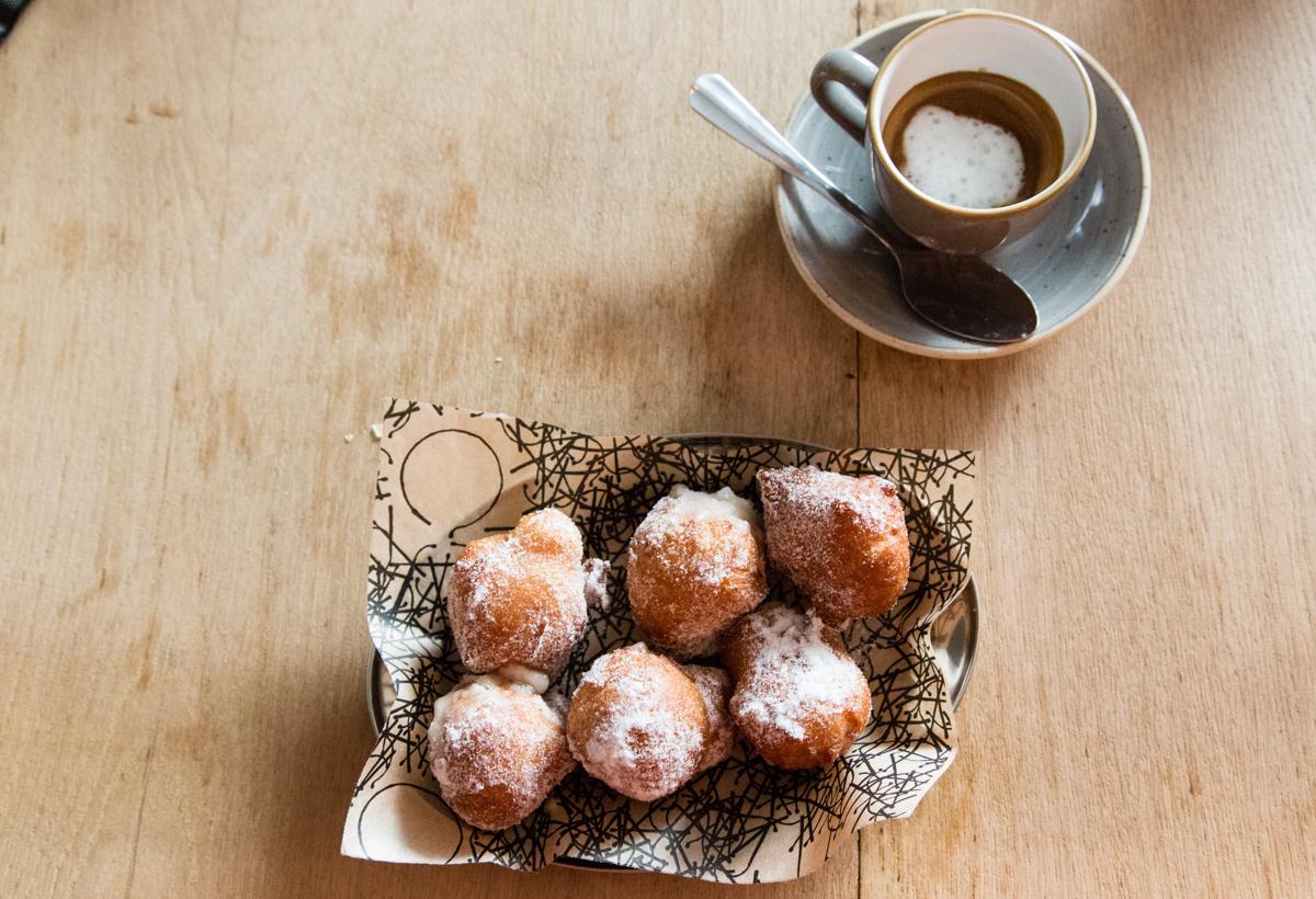 Marsala cream doughnuts
