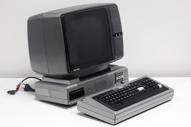 Radio Shack's TRS -80 Computer in 1977