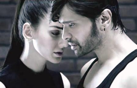 Still Himesh Reshammiya, Farah Karimaee from Teraa Surror (2016) - Official Trailer
