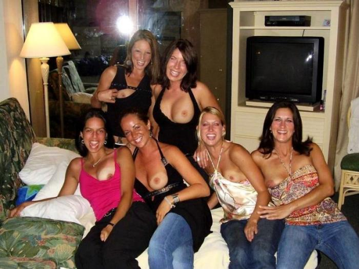 Topless Group of friends exclusively