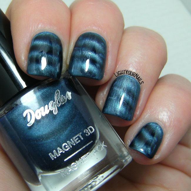 Douglas Magnet 3D: Blue Attraction - Light Your Nails!
