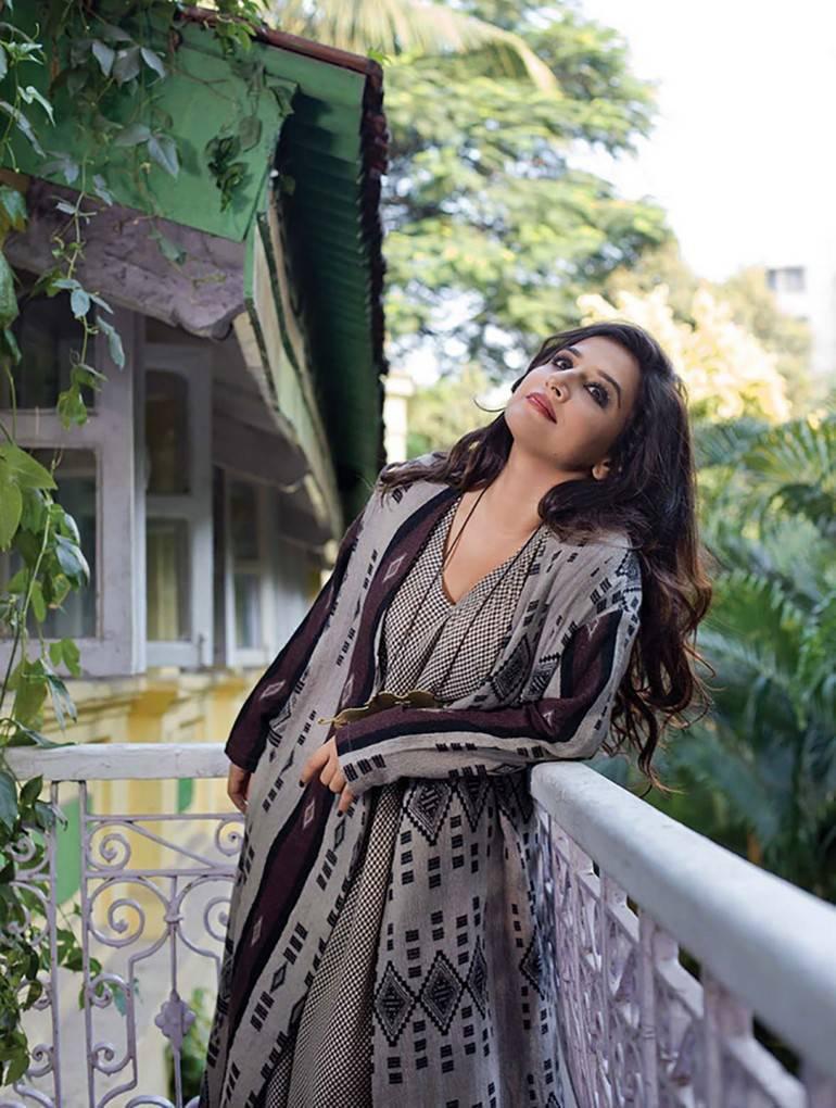Actress Vidya Balan Photo shoot For Film fare Magazine