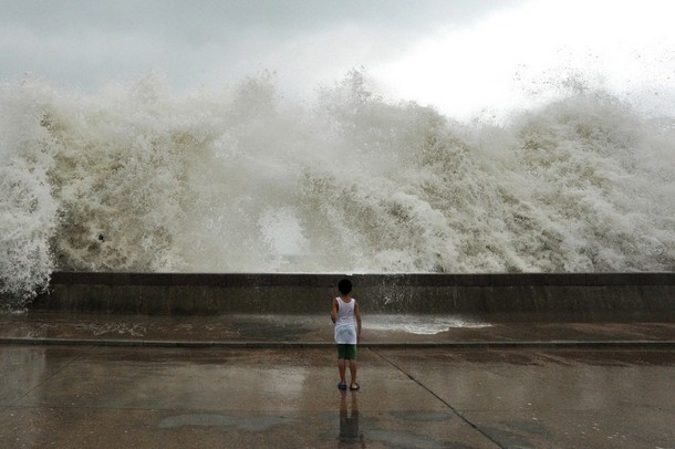 Typhoon Waves in Qingdao, China