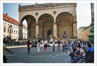 Odeonsplatz Monachium