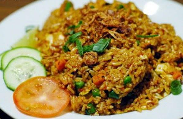 Cara membuat nasi goreng mafia sarden pedas