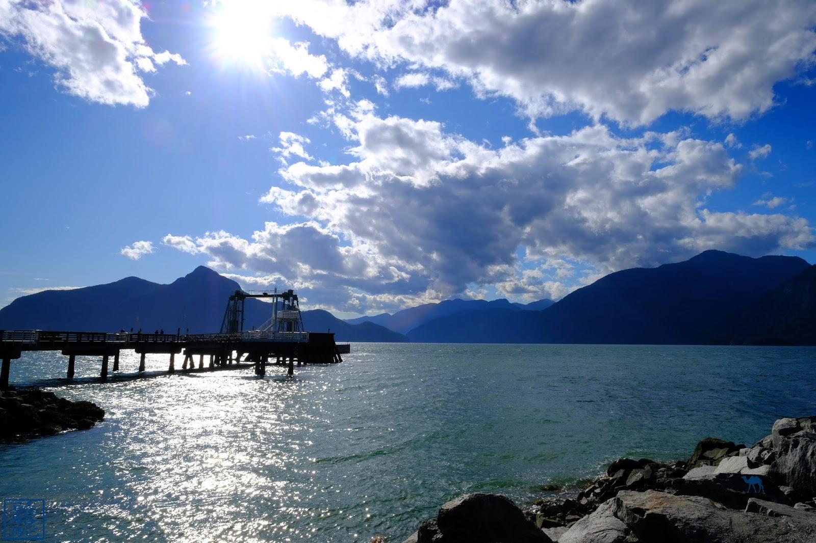 Le Chameau Bleu - Ponton de Porteau Cove