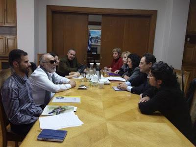 Ο Υπουργός Παναγιώτης Κουρουμπλής με τον κ. Μπασκόζο και τον κ. Αυγουλά σε σύσκεψη με εκπροσώπους Συλλόγων Ρευματικών Παθήσεων