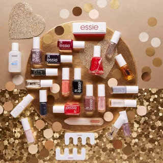 Essie Advent Calendar 2017 | The Beauty is a Beast