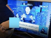 Pendukung Ahok Memunggungi Agus Yudhoyono