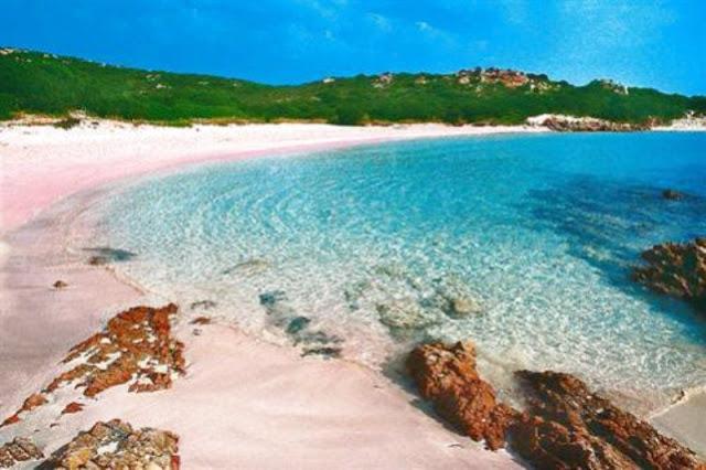 Spiaggia Rosa, Italia