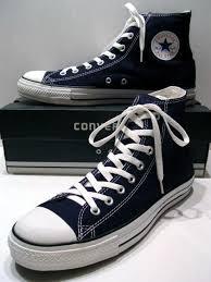 sejarah perkembangan model sepatu sneakers converse all star chuck taylor sepatu basket model merek merk brand branded terbaik terkenal bagus awet tahan lama ikonik paling laris ngehits kece kekinian trendy