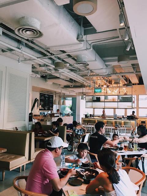 Island Cafe & Bar