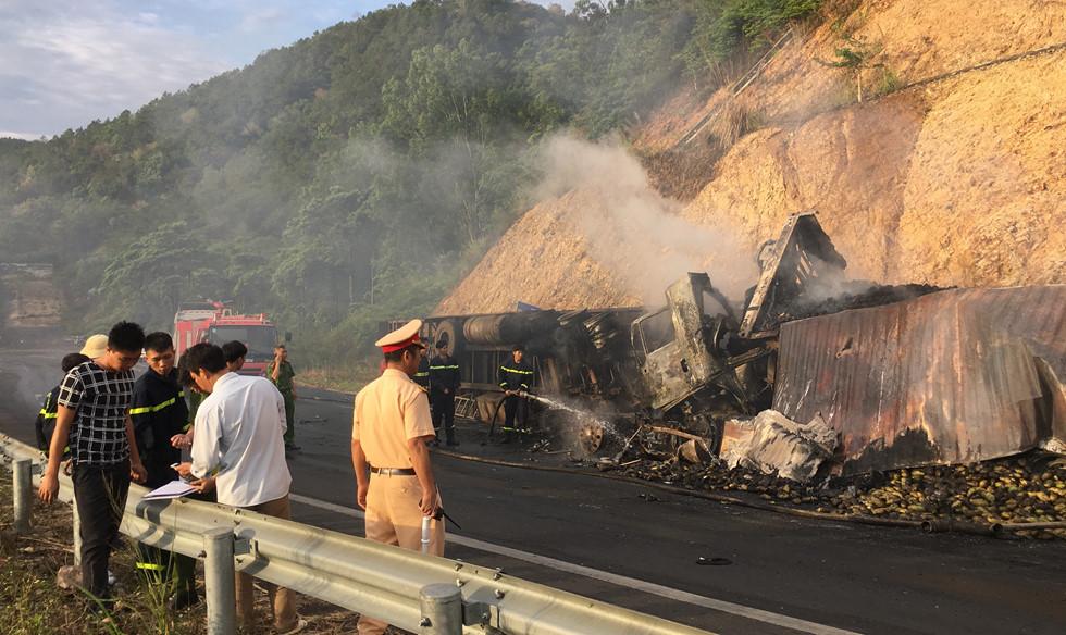 Gia Lai: 3 người chết thảm trong vụ tai nạn đặc biệt nghiêm trọng trên đèo Mang Yang