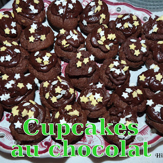 http://danslacuisinedhilary.blogspot.fr/2013/02/cupcakes-tout-chocolat-super-chocolate.html