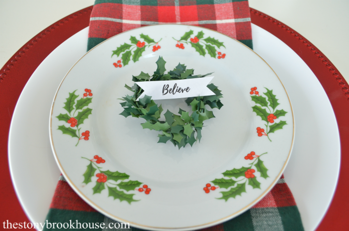 Holly Salad Plates