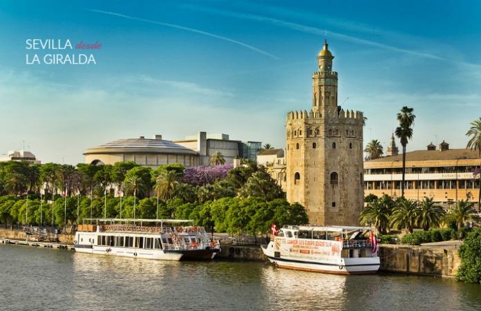 Torres del Oro, río Guadalquivir y Teatro de la Maestranza.