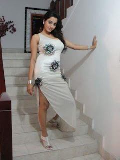 IMG 20160724 WA0126 - South Indian Serial & Non-Famous Desi Actresses 150 plus Random Images For YOU