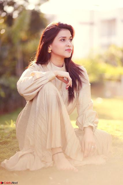 Mannara Chopra  Looks super cute for her latest Pics Amazing Cute ~  Exclusive HQ 3.JPG