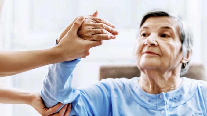 Apakah stroke ringan bisa di pijat dan apaitu stroke ringan