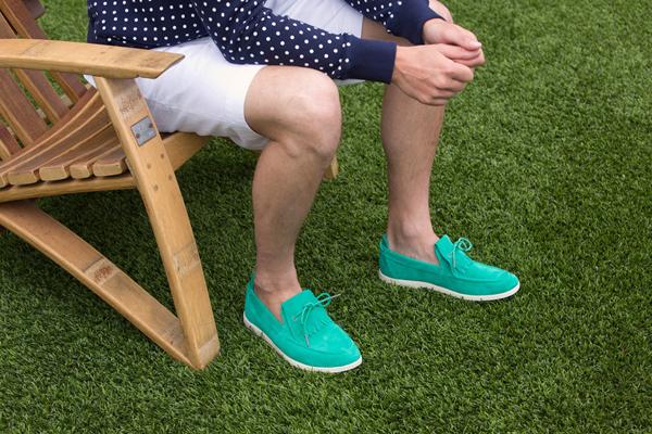 Tìm hiểu bí quyết mix giày vải cho chàng tự tin đến công sở
