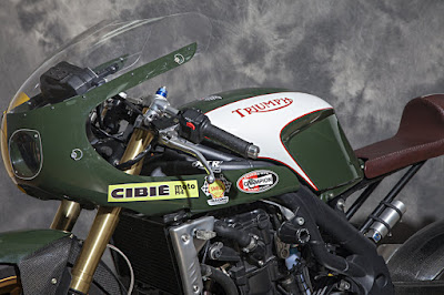 Triumph Speed Triple Cafe Racer
