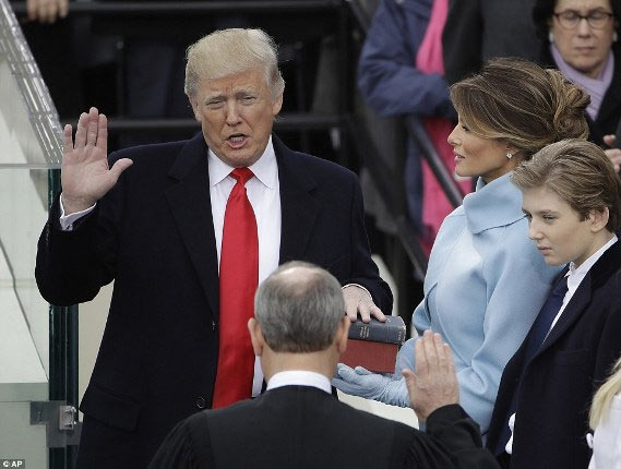 Photos: Donald Trump sworn in as 45th United States president