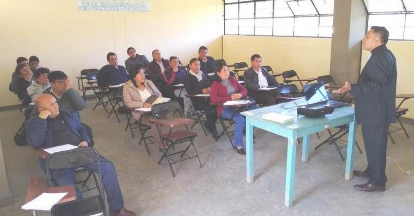 UGEL Santiago de Chuco realizó III Taller sobre el Currículo Nacional