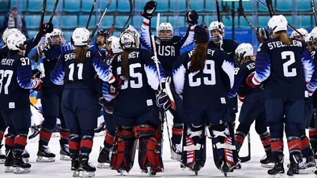 US-women-Hockey-Team