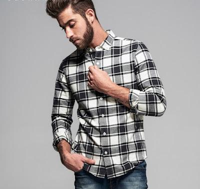 Ekoseli siyah-beyaz gömlek