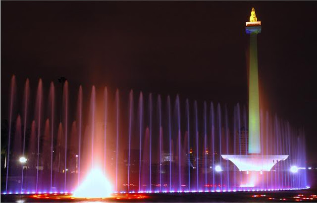 Sewa Rental  Elf Monas