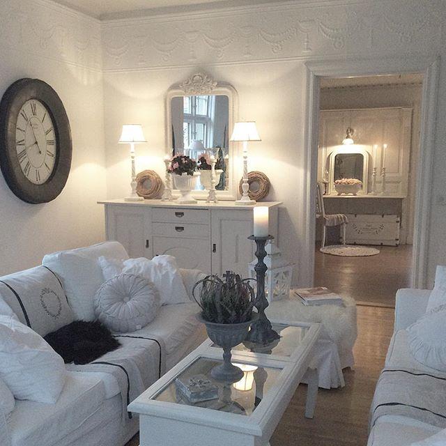 shabby e shabby una strepitosa casa svedese. Black Bedroom Furniture Sets. Home Design Ideas