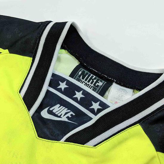 Pirelli & 90s Classics: Here's What Inspired Nike Chelsea