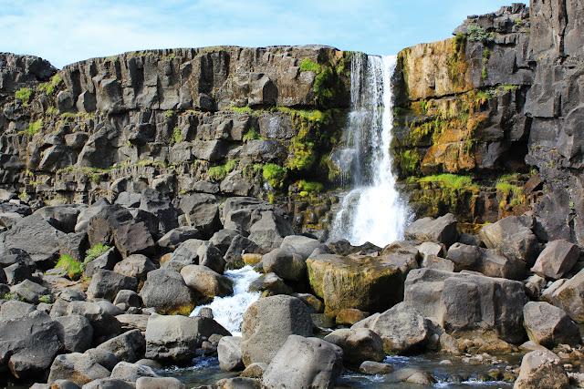 Öxarárfoss, una pequeña cascada en Þingvellir
