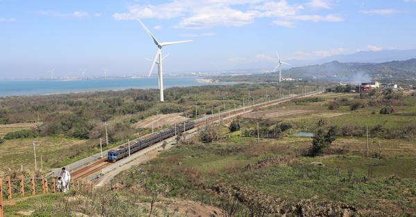 苗栗後龍|好望角|半天寮休閒文化園區|壯觀大風車|美麗海景|觀景步道|免費參觀